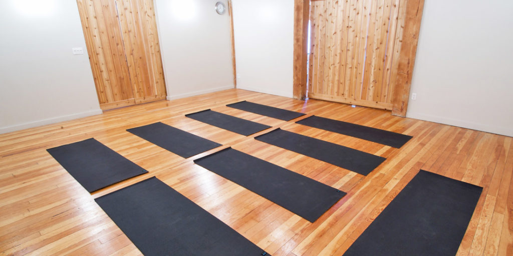 yoga-yaletown-vancouver-formbodylab
